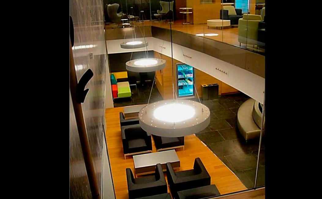 Mobiliario corporativo para oficinas en empresas en madrid for Mobiliario empresas