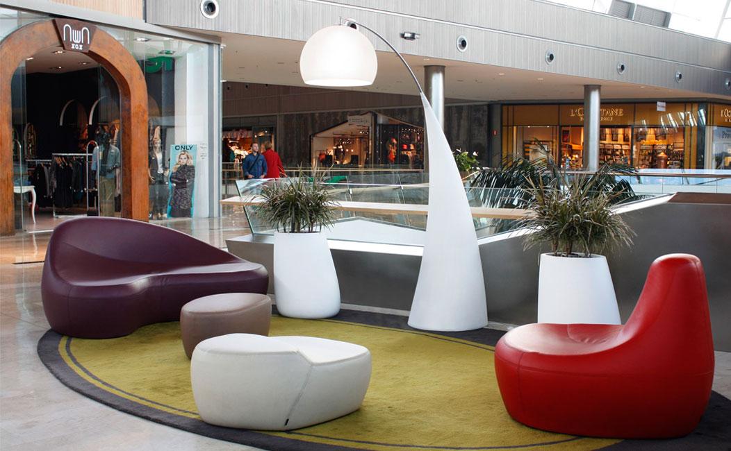 Mobiliario corporativo para oficinas en empresas en madrid for Empresas de mobiliario de oficina